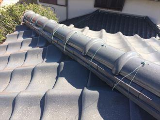 銅線が切れると積まれた瓦が落下する危険性