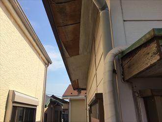 室内ではなく軒天に雨漏りが発生することもある