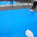 厚木市下荻野で雨漏りしている工場屋根を(縦葺き)部分的な屋根葺き替え工事実施