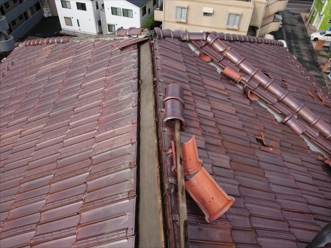洋瓦が使われた屋根の雨漏り