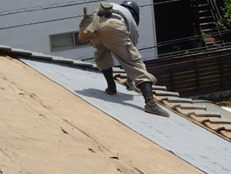 川崎市川崎区渡田向町 屋根葺き直し工事 防水紙設置