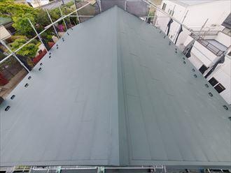 軽量な金属屋根材への葺き替え工事