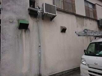 竪樋はよく車でぶつけて変形してしまったり割れてしまったりします