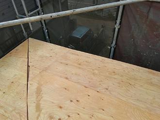 厚木市森の里青山 屋根葺き替え工事 野地板取り付け