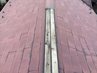 寒川町田端でご自宅の周りに落ちていたのは屋根から外れた棟板金でした