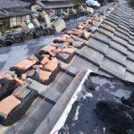 川崎市高津区久地で漆喰剥がれから南蛮漆喰を使った棟瓦取り直し工事を実施