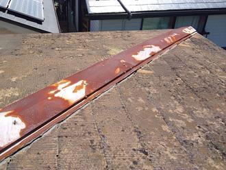 厚木市森の里青山にて3年雨漏りが続いた屋根の葺き替え工事(立平ロック32型)
