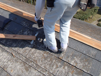 愛甲郡愛川町角田 台風で飛散した棟板金の交換 貫板取り付け