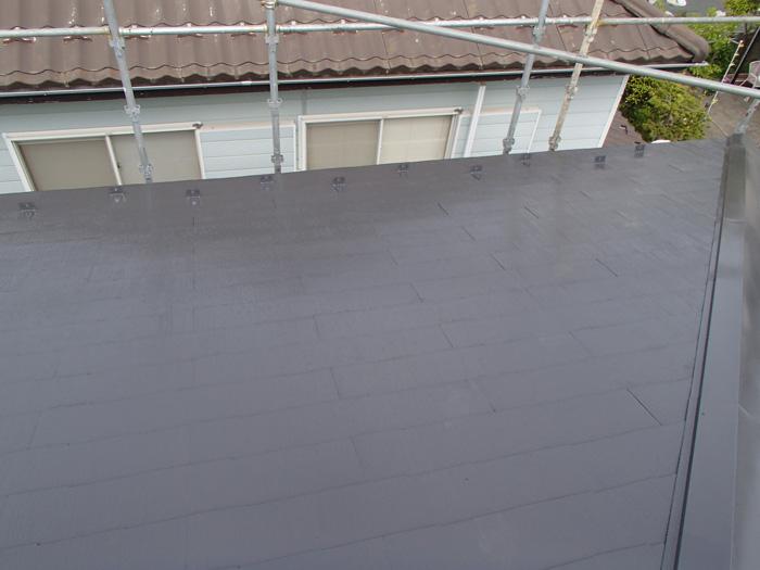 足柄上郡中井町井ノ口で前回の塗装の不良による問題を屋根塗装(サーモアイSi)で改善