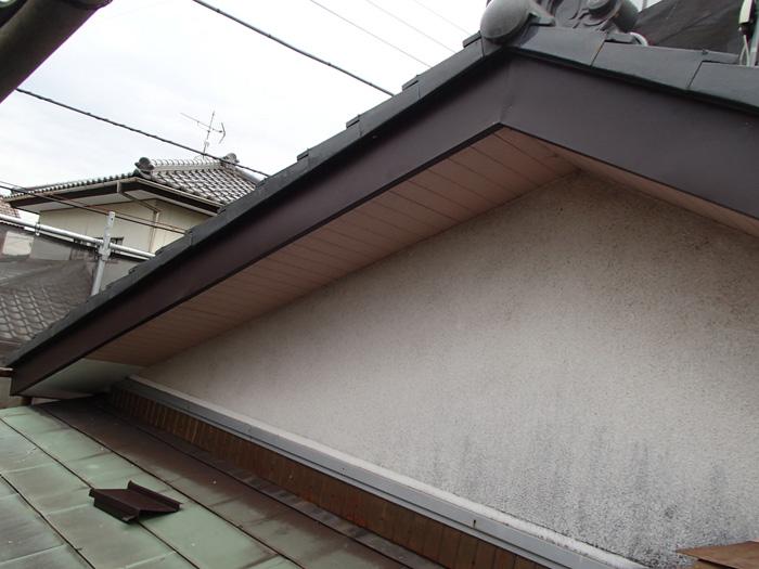 大和市上和田 破風板板金巻き工事 完工