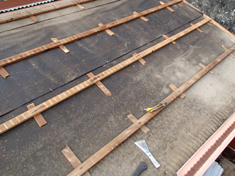 秦野市名古木 屋根葺き替え工事 屋根材撤去