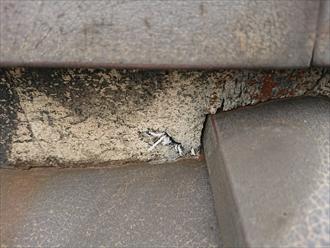横須賀市岩戸にて築30年ノーメンテナンスの和瓦屋根は棟が傷んでおり雨漏りしそうな状態でした
