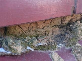 鎌倉市大船にて築40年程経過した赤瓦が使われた屋根調査、漆喰の劣化により棟取り直し工事が必要でした