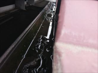 オーバーフローする時は樋に汚れがあるときがほとんどです