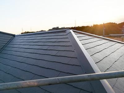 川崎市麻生区万福寺で棟板金交換と遮熱塗料によるスレート屋根塗装