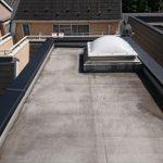 陸屋根に設置された天窓