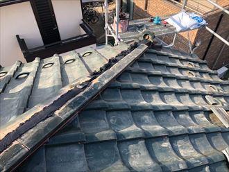 棟瓦取り直し工事では銅線も新しくなります