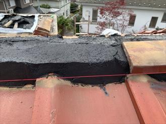 棟瓦取り直し工事でシルガードを使用