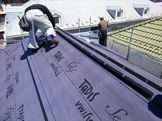 屋根カバー工法(ルーフィング設置)