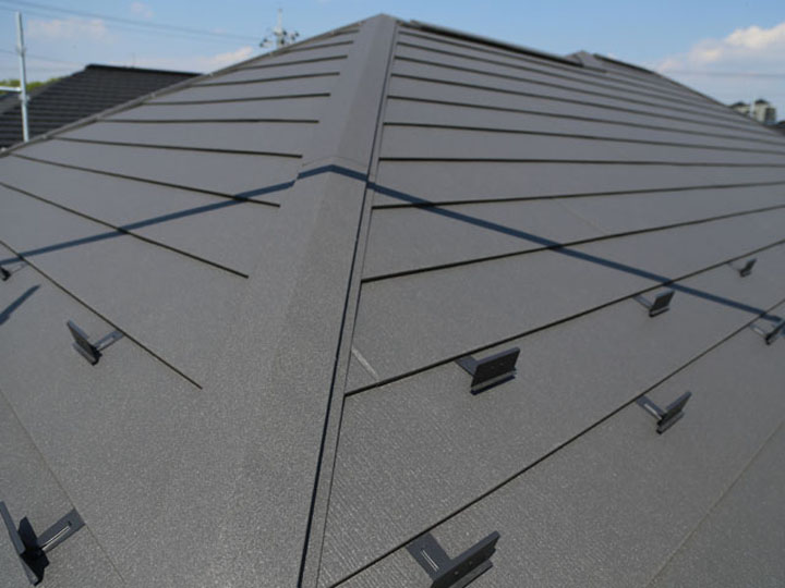金属屋根の代表格アイジー工業、その製品の魅力に迫る!