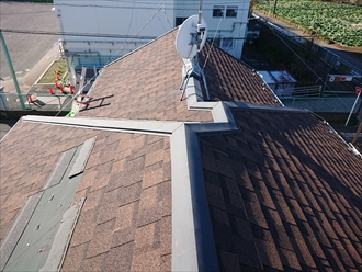 台風被害に遭われた屋根