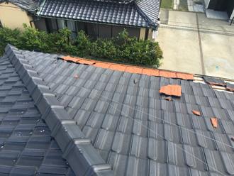 令和元年房総半島台風で被災してしまった陶器瓦の屋根