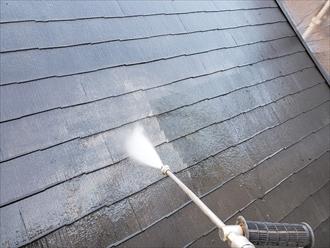 スレート屋根塗装前の洗浄作業