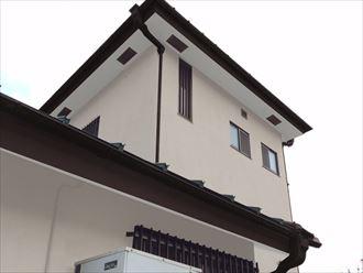 垂木部分に軒天材の取り付け