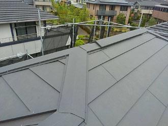 スーパーガルテクトを使用した屋根