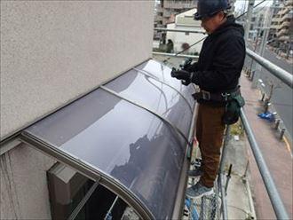 専門業者のテラス屋根修理