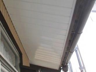 ガルバリウム鋼板の軒天