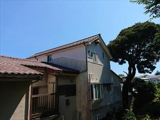 切妻と寄棟屋根が繋がっている広いお住まい