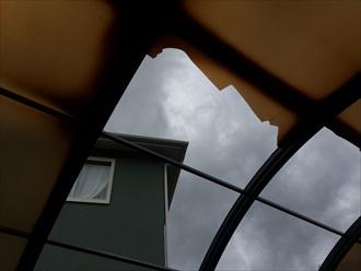 破損したカーポートの屋根材は交換が可能です
