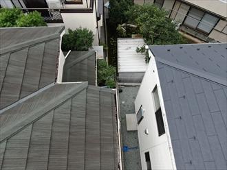 梯子を架けられなくてもドローンがあれば屋根は点検可能