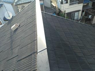 横浜市鶴見区鶴見中央で令和元年東日本台風により棟板金の大半が落下、ガルバリウム製の棟板金交換工事を行いました