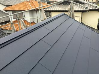 火災保険を適用した屋根葺き替え工事でスーパーガルテクトの屋根になりました