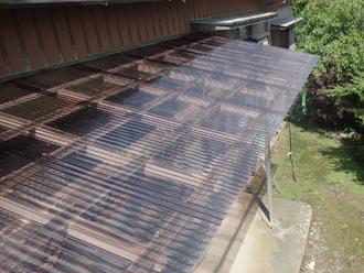 横浜市港北区新羽にて令和元年房総半島台風で飛散したテラス屋根の復旧工事