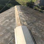 台風によって棟板金と貫板が飛散