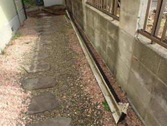 台風で落下した雨樋