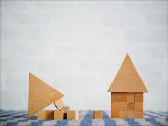 強度が十分でない木造住宅