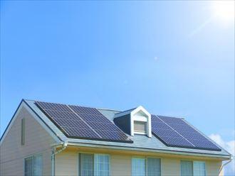 構造計算上設置可否が決まる太陽光パネル