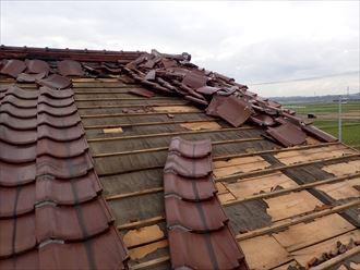 台風による瓦屋根破損