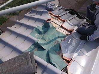 台風19号によって被災した瓦屋根