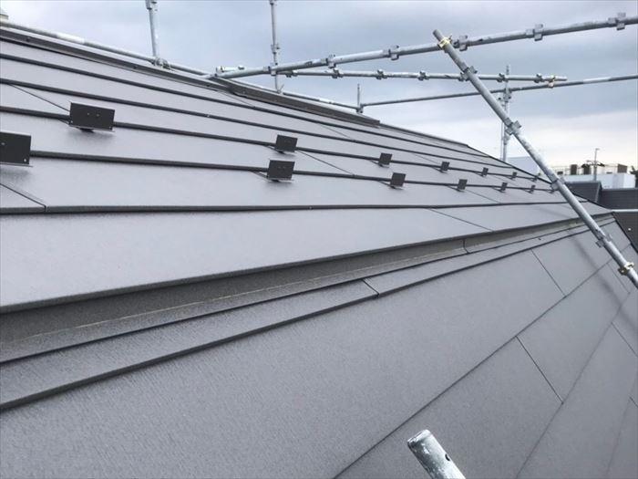 マンサード屋根の特徴
