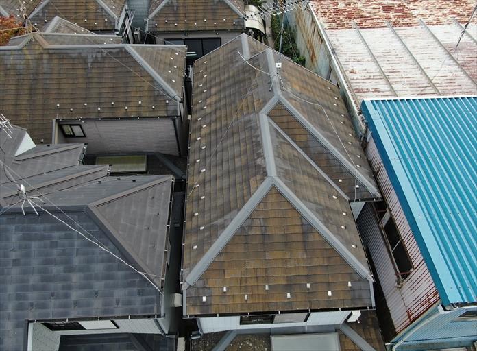 スレート屋根をドローン撮影
