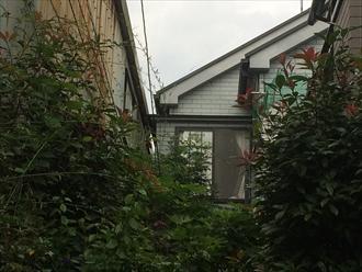 梯子が架けられない環境の建物をドローン調査