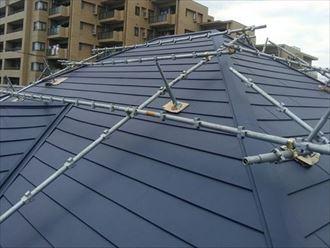 金属屋根材による屋根カバー工法