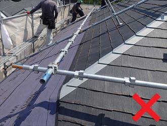 屋根カバー工法は不向き