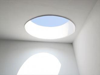 明るい天窓