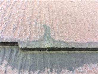 横浜市港南区港南台で点検したスレートは、過去に塗装した塗膜が劣化しておりました